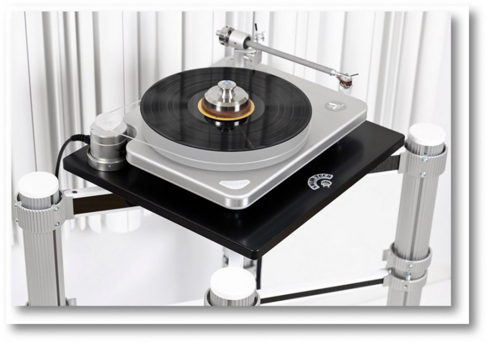 Solid Tech Rack Of Silence Turntable Shelf